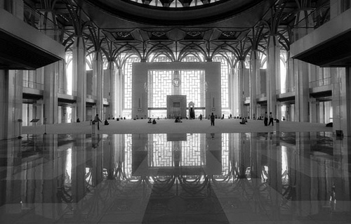 Inside the 'Iron Mosque' - designed around three conepts of wind, simplicity and transparency.